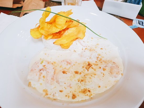 Cafe E Gastronomia Arlequim: Menu Principal: Camarão com molho de Cream Cheese, Arroz de Coco e Batata Baroa