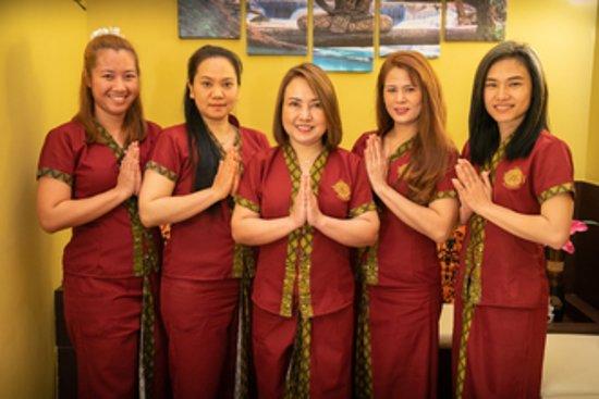 Thai Spa Massage Barcelona: Thai Spa Team. Masajistas Tailandesas