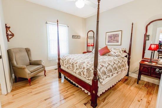 Zion Springs Bed & Breakfast: Lee Suite