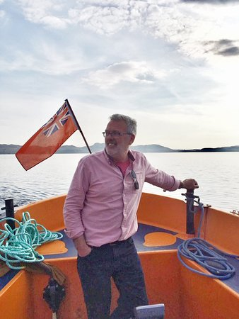 Gairloch, UK: Owner/Skipper Tim thanking his lucky stars for a wonderful job!