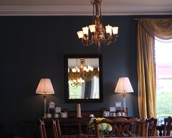 The Kehoe House - A Boutique Inn: Main dining room