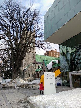 Entrance through Pavillon Pierre Lassonde, Musée national des beaux-arts du Québec