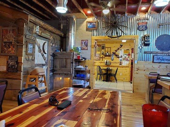 Log Cabin Cafe Foto