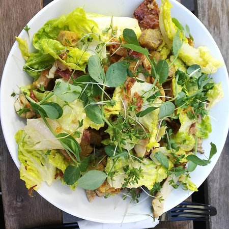 Banan/blåbær pannekaker & Kylling cesar salat