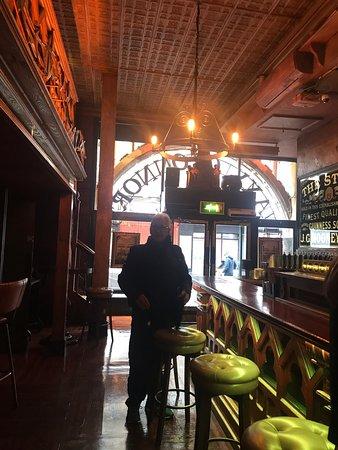 Bom Pub