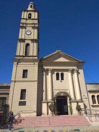 Фрай-Бентос, Уругвай: Iglesia de Nuestra Señora del Pilar