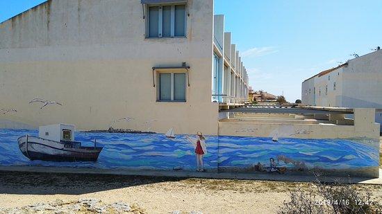 Paisaje pintado en la pared