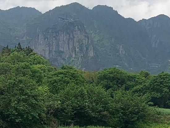ZheJiangSheng WenZhouShi PingYangXian DongShuiMen BuXingJie (XinYiJia GouWu ZhongXin Dong)