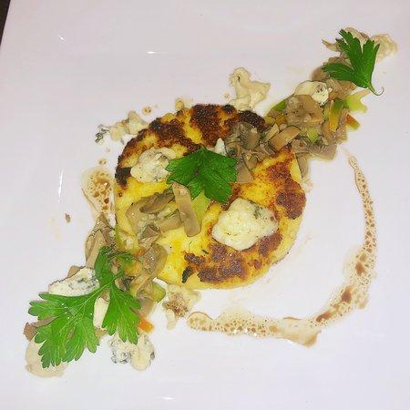 Polenta with sautéed mushroom and blue cheese