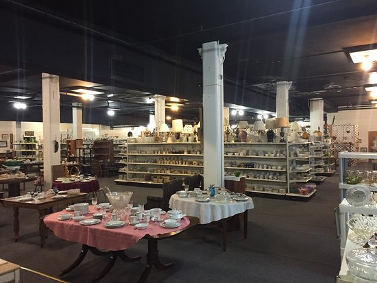 Tom & Audrey's Antique and Collectible Mall