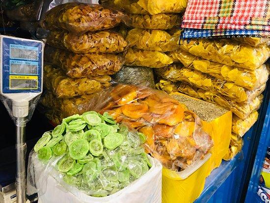 Mercado Central (Central Market): Visiting and shopping at San Pedro