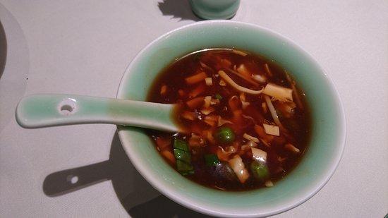 Zhejiang Heen: 浙江軒酸辣湯