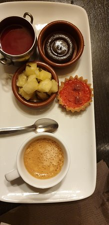 Restaurant Chez Grand Mere: café gourmand