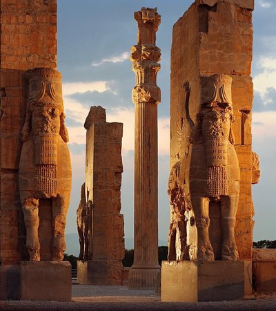 Persepolis A Journey In Search Of Forgotten Mysteries Of Ancient Iran And Awesome Remains Of Great Palaces Beautiful Relief Sculptures Definitely A Must See For Those Interested In Ancient History Picture Of