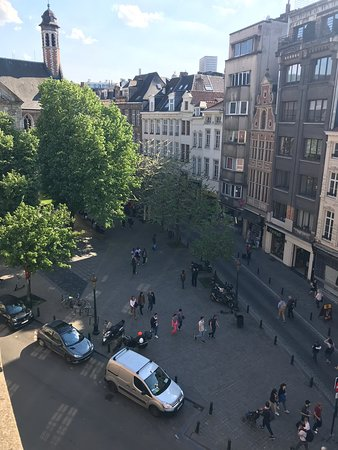 Novotel Brussels Off Grand Place Hotel: Perfect location
