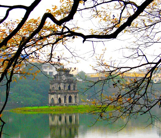 Hanoi, Vietnam: GンL会社。 ハノイから サパ まで旅行voucherについて: 時間:2日、1夜 ホテル:4★ 単価:15000 円/一人: - 車の往復切符 (ハノイから サパ まで)。 - ホテル代 (2日、1夜) - 朝飯(Free) - 日本語と英語のサポト - メール:lientranhy@gmail.com