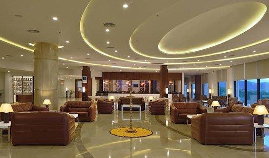 Fortune select grand ridge hotel