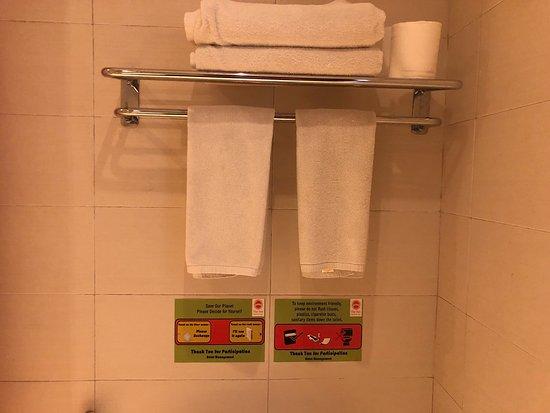 The Sun Hotel & Spa: Deluxe Pool Terrace Room 30m2 - Bathroom