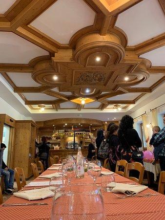 Agritur Malga Mortigola: sala ristorante