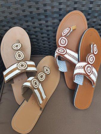 Ukuthula Arts & Craft Shop: Most beautiful beaded sandals