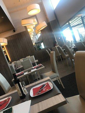 Casnate Con Bernate, Italië: sala ristorante