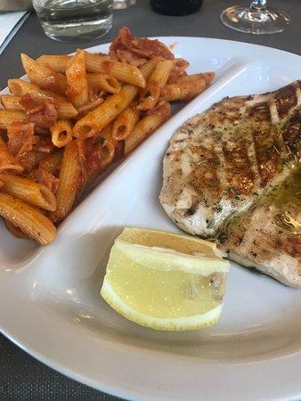 Casnate Con Bernate, Italië: piatto unico
