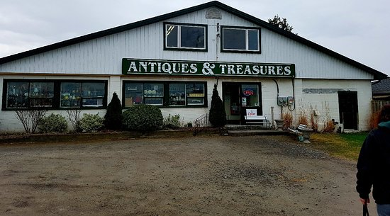 Lakeshore Antiques and Treasures