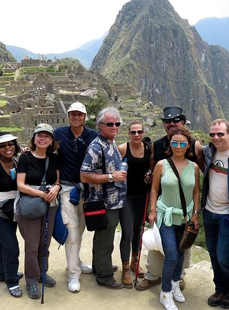 Visiting Machu Picchu, Cusco, Sacred Valley in 6 days. A week's vacation in the lands of the Incas, exploring the most outstanding buildings of the Incas and the natural beauty of the Andes and the Amazon jungle of Machu Picchu