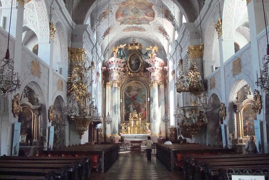 General view of the interior