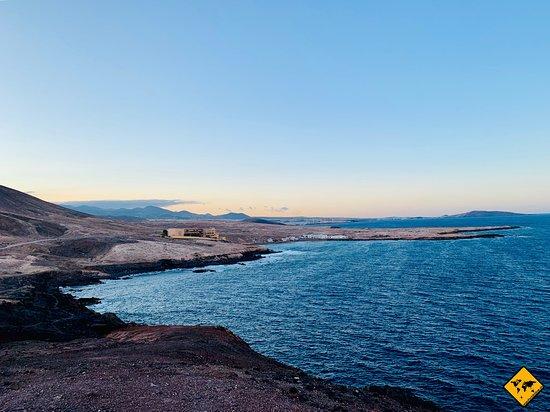 Arinaga, Hiszpania: Ausblick zur anderen Seite