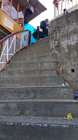 Vaishno Devi: Stairs as well as Inclined plains to reach Bhawan