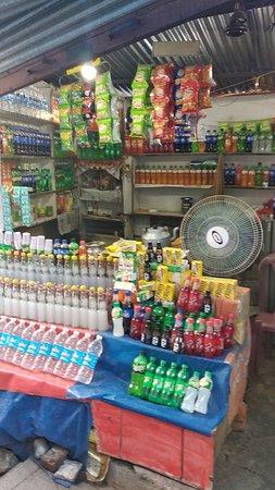 Vaishno Devi: On the way Snacks Shops