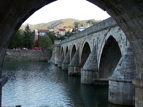 Мост в полдень