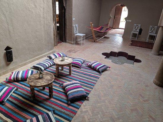 Morocco Culture Tours: Hotel Merzouga.