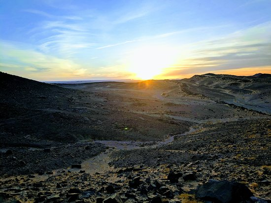 Morocco Culture Tours: Amanecer en el Desierto.