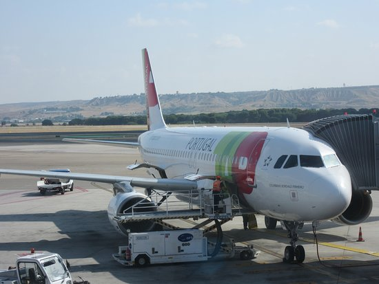 TAP Portugal: Our plane Madrid to Lisbon