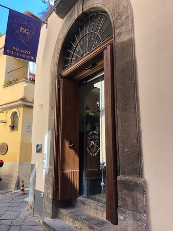 Palazzo Delle Grazie: The entrance