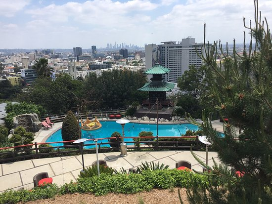 Yamashiro Hollywood: Swimming pool