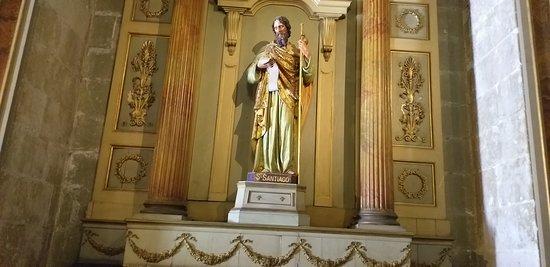 escultura de São Tiago,uma das inúmeras esculturas da catedral