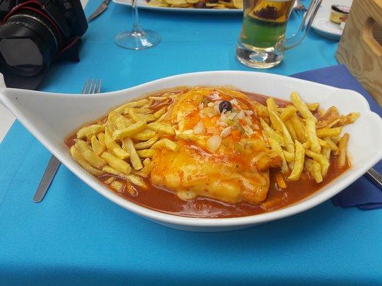 Restaurante VianaMar: francesinha