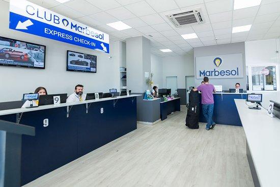 Oficinas modernas y cómodas para los clientes