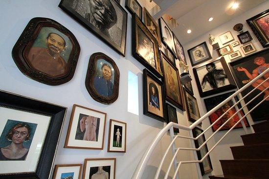 Sermkhun Kunawong Museum House: portrait zone