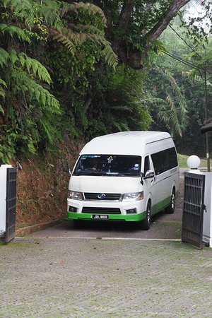 New MST Transport Holiday: Mini bus arrived at Fraser's Hill Rompin House