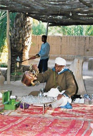 Morocco: Wir trinken Tee bei einem reichen Bauern!