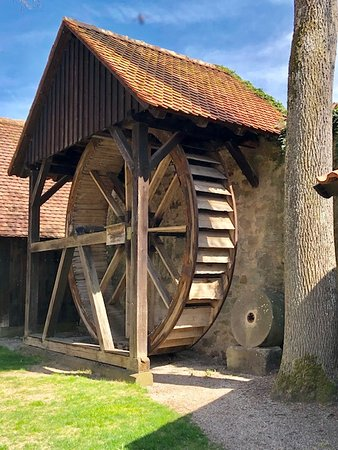 Water wheel and grinding stones