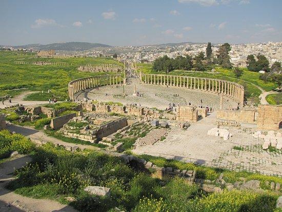 Il colonnato circolare
