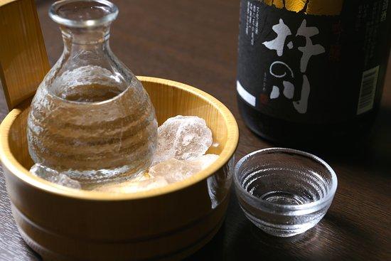 Kurayashiki Ibukichi: 九州の地酒、限定酒、取り揃えております。