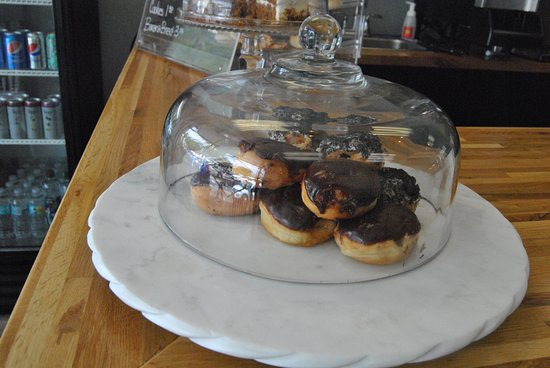 Serendipity: Great fresh pastries