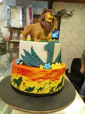 Incredible Lion King Cake By Caek Cafe Customizedcakes Lionking Cake Funny Birthday Cards Online Necthendildamsfinfo