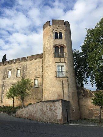 La torre de la pousada